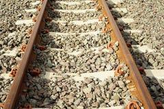 Длина поезда станции железнодорожного пути стоковое изображение