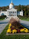 Длинний взгляд Statehouse Вермонта в осени Стоковое Фото