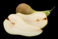 Длинный плодоовощ груши на черноте Стоковые Фотографии RF