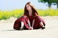 длинный путь волос девушки страны унылый Стоковая Фотография