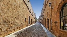 Дневное время улицы рыцаря Родоса стоковые изображения rf