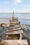 Добившийся успеха своими силами деревянный понтон Стоковое фото RF