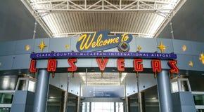 Добро пожаловать к авиапорту Лас-Вегас - ЛАС-ВЕГАС/НЕВАДЕ - 20-ое октября 2017 Стоковые Изображения RF