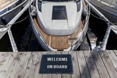 Добро пожаловать на борту к кораблю стоковая фотография rf