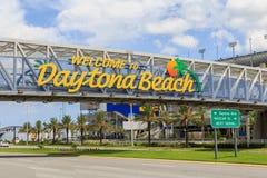 Добро пожаловать к знаку Daytona Beach Стоковое Изображение RF