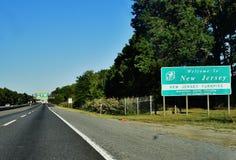 Добро пожаловать дорога США знака Нью-Джерси Стоковые Изображения RF