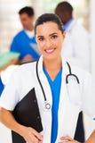 Довольно медицинский работник стоковые изображения rf