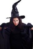 Довольно молодая ведьма брюнет. Тема Halloween Стоковое Фото