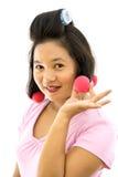 Женщина с curlers волос стоковые фото
