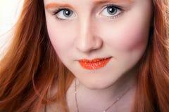 Довольно рыжеволосая девушка Стоковая Фотография
