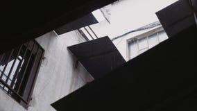 Дождливые дни на промышленном здании видеоматериал