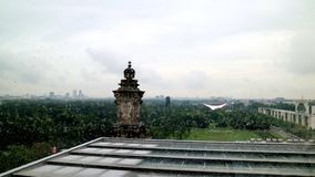 Дождливые дни пейзажа немецкой крыши здания парламента верхние стоковая фотография rf