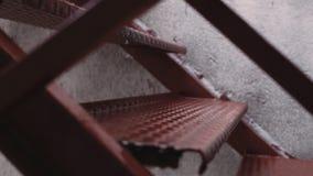 Дождливый день на промышленном здании акции видеоматериалы
