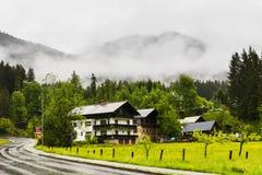 Дождь в сельской Австрии стоковые изображения rf