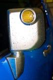дождь зеркала автомобиля стоковые изображения