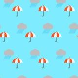 Дождевое облако и зонтик Стоковое Фото