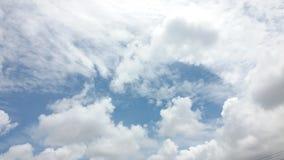 Дождь голубого неба с радугой Стоковые Изображения RF