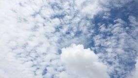 Дождь голубого неба с радугой Стоковая Фотография RF