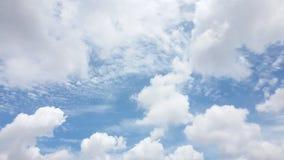 Дождь голубого неба с радугой Стоковая Фотография