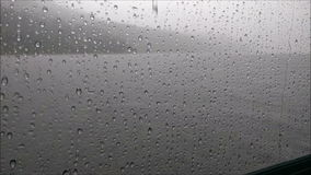 Дождь на окне сток-видео