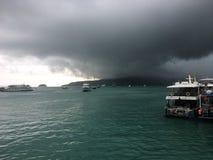 Дождь приходя скоро стоковая фотография rf