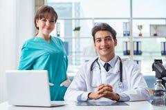 2 доктора в больнице Стоковое Фото