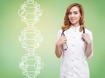 Доктор женщины и цепь дна Стоковое фото RF