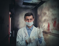 Доктор запятнанный кровью Стоковые Фото
