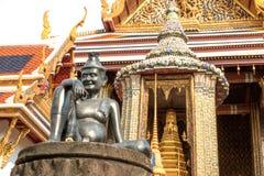 Доктор затворницы статуи медицины на Wat Phra Kaew, виске изумрудного Будды, Бангкоке, Таиланде Стоковое Изображение