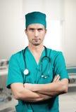 Доктор с стетоскопом Стоковые Фотографии RF