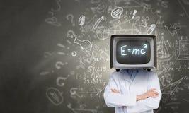 Доктор с ТВ вместо головы стоковая фотография