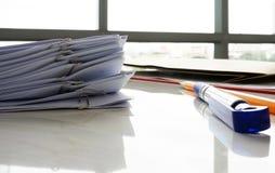 Документ на столе Стоковые Изображения