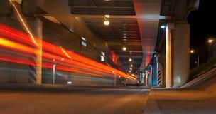 Долгая выдержка снятая улицы на ноче Стоковое Изображение