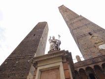 Должное torri (2 башни) в болонья Стоковое Фото