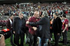 Должностные лица клуба футбола празднуя Стоковые Фотографии RF