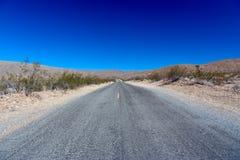 долина дороги национального парка смерти бесконечная Стоковые Фотографии RF
