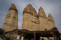Долина любов, Турция - место всемирного наследия ЮНЕСКО, Cappadocia известно для своих каминов феи и уникального исторического и стоковые изображения rf