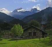 долина huesca дома aisa Стоковая Фотография RF