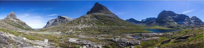 Долина Meiadalen на дороге горы Geiranger Trollstigen в южной Норвегии Стоковое Фото