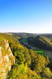 долина swabian lauter alb большая стоковая фотография rf