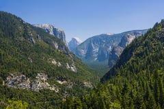 долина yosemite национального парка Стоковые Фото