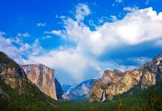 долина yosemite Стоковые Изображения