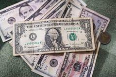 Долларовые банкноты, предпосылка денег Денег доллары конца комплекта вверх Стоковые Изображения