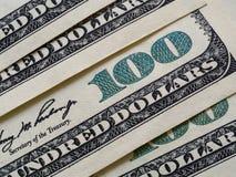 100 долларовых банкнот, конец вверх Стоковые Фотографии RF