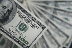 100 долларов кучи Предпосылка денег, куча долларов, финансовая концепция заработков Взгляд сверху финансовохозяйственно Стоковые Фотографии RF