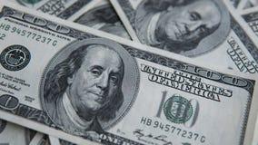 100 долларов кучи Предпосылка денег, куча долларов, финансовая концепция заработков Взгляд сверху финансовохозяйственно Стоковые Изображения
