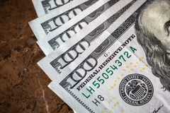 Доллары денег макроса американские с космосом стоковое изображение
