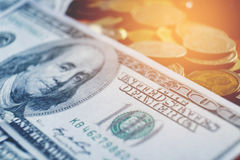 Доллары концепции крупного плана 100 финансов денег наличных денег доллара Стоковые Изображения RF