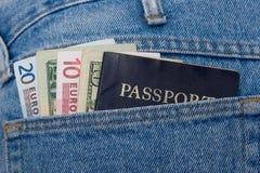 доллары пасспорта евро Стоковая Фотография RF