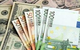 Доллар США и евро Стоковое Изображение RF